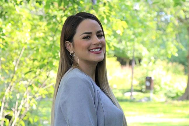 I Jakobstad har Yuli Flores fått chansen att ägna sig åt sin stora passion i livet: musiken.