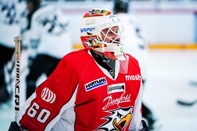 Mika Järvinen fortsätter plocka puckar i Danfoss färger.