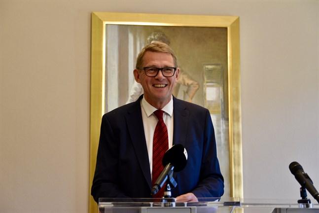 Riksdagens talman Matti Vanhanen (C) opererades för njurcancer på sommaren och genomgick en hjärtoperation förra veckan. På sociala medier skriver han att hjärtoperationen gick bra.