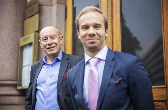 Bankens aktiestrateg Lars Söderfjell och Joel Sunabacka hjälper nu också kunder i Uleåborg att få förmögenheten att växa.