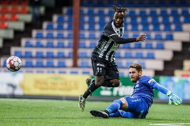 Alain Richard Ebwelle förstärker IFK Mariehamn den här säsongen.