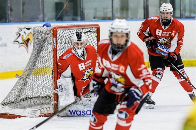 Melisa Mörönen i Sportmålet gjorde hela 44 räddningar mot HPK.