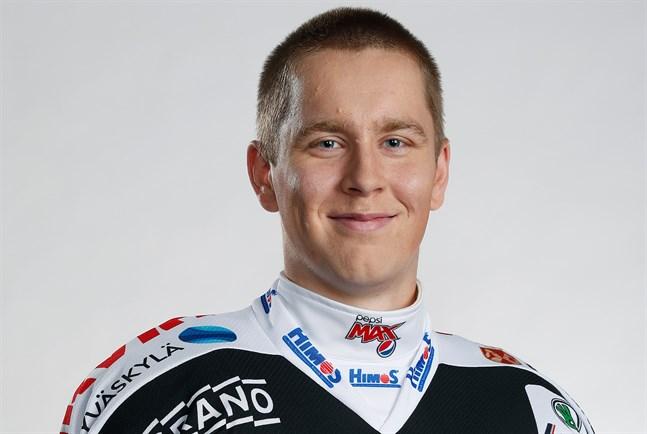 Anton Stråka flyttade till JYP:s juniorer redan 2012.