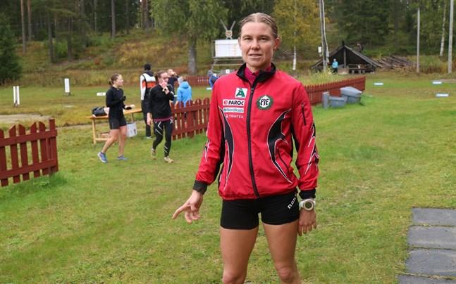 Yvonne Gunell brukar orka när sträckan blir lång, men hinner också med när den är riktigt kort. Nu blev det guld i sprint-FM.