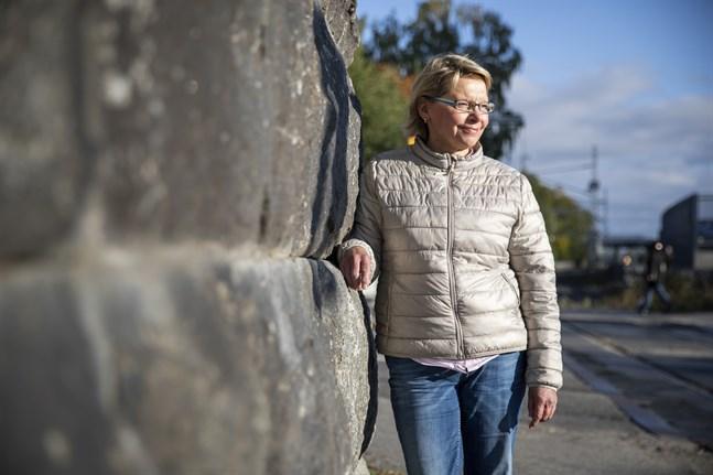 Gunilla Björkqvist forskar i krigstrauman hos irakiska flyktingar och finländska krigsveteraner.