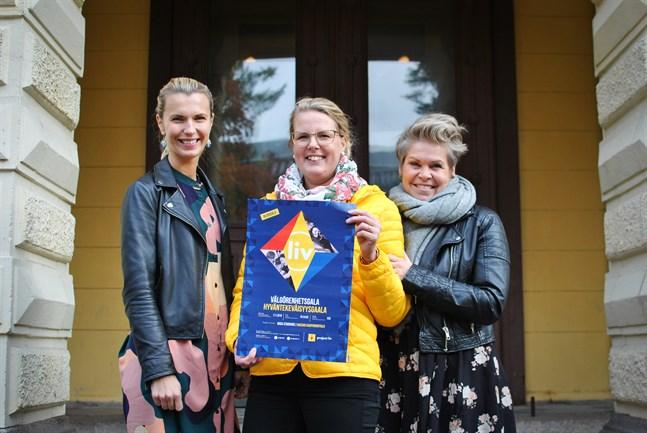 Project Liv ordnar välgörenhetsgala på lördag. Linn Jung, Susanna Back och Nina Brännkärr-Friberg hör till arrangörerna.