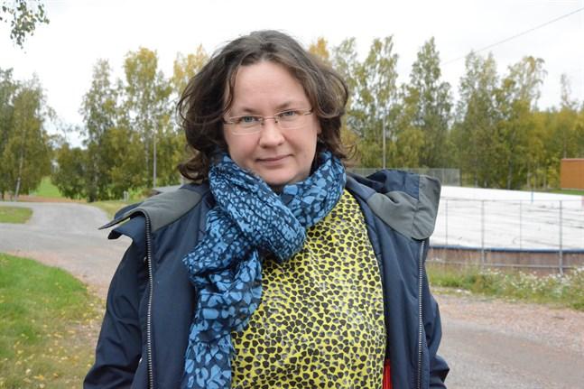 Dagvårdsavgifterna slopas för de hela veckor som barnet är hemma från dagis, uppger bildningsdirektör Sirkka Suurla i Kaskö som på tisdagen kunde räkna in 20 barn på plats i daghemmet.
