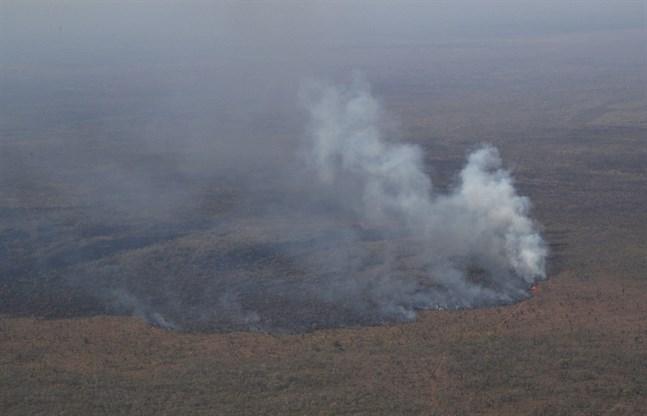 På bilden syns en skogsbrand i östra Bolivia i slutet av augusti.