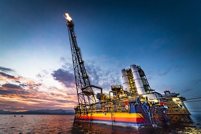 Kraftverket tar tillvara metangas från den vulkaniska Kivusjön.