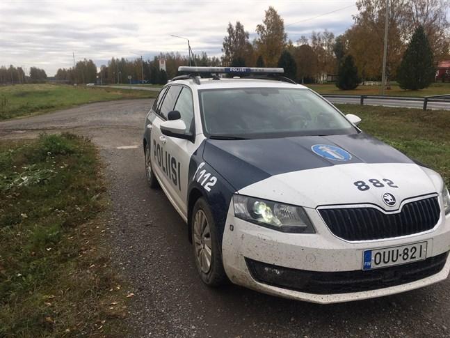 Polisen sökte två som avlägsnat sig från ett skolhem.