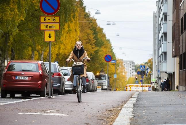Vasa får stöd för två projekt som ska förbättra förutsättningarna för gång- och cykeltrafiken i staden.