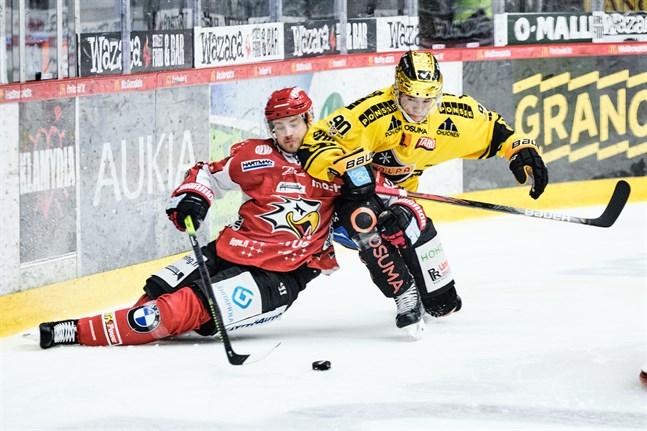 Aaro Vidgren får en lång avstängning.