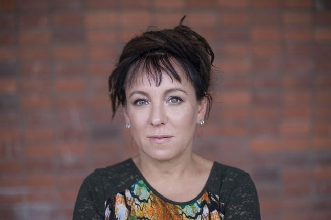 Olga Tokarczuk får 2018 års Nobelpris i litteratur.