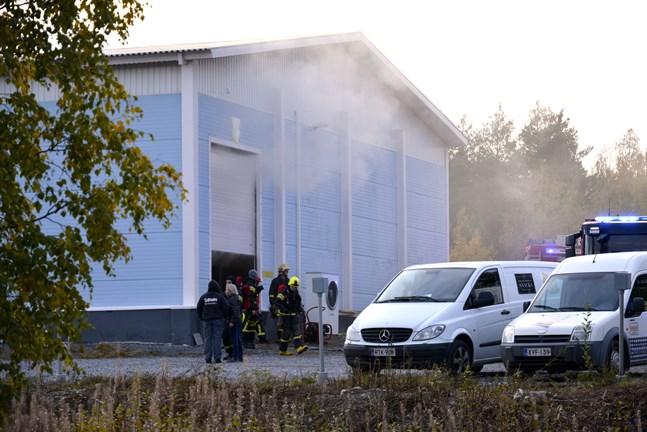 Onsdagens brand ledde till några dagars produktionsstopp för Weekend snacks i Kaskö.