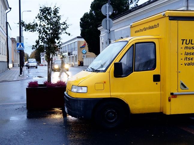 Höstmarknaden pågår i Jakobstad.