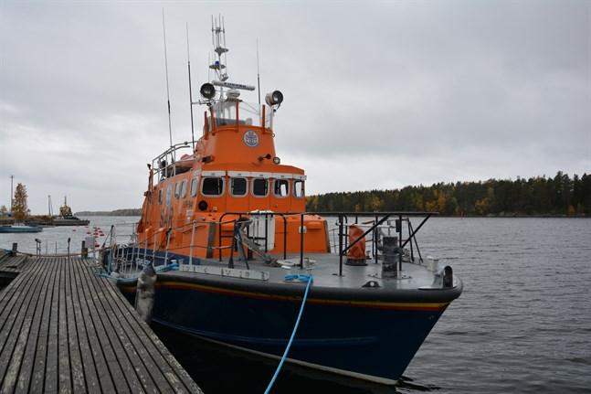 Kaskönejdens sjöräddningsförening  är en av medlemsföreningarna i  Finlands sjöräddningssällskap. De frivilliga i Kasköföreningen rycker ut med räddningsbåten Torbay.