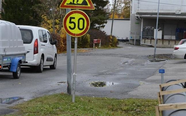 Uddenvägen i Munsala kommer inom kort att få en 50-skylt.