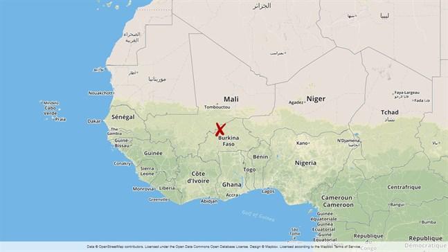 Fem soldater har dödats och elva skadats vid två attacker i norra Burkina Faso, enligt landets väpnade styrkor.