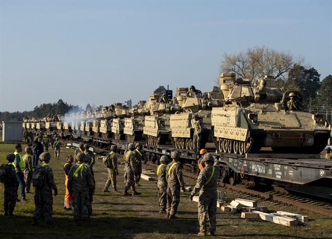 USA har skickat en bataljon till Litauen i avskräckande syfte mot Ryssland. Här vid Pabrade på måndagen.