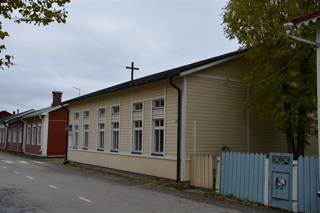 Kostnadsberäkningen för att renovera Kristinestads svenska församlingshem överraskade församlingens förtroendevalda.