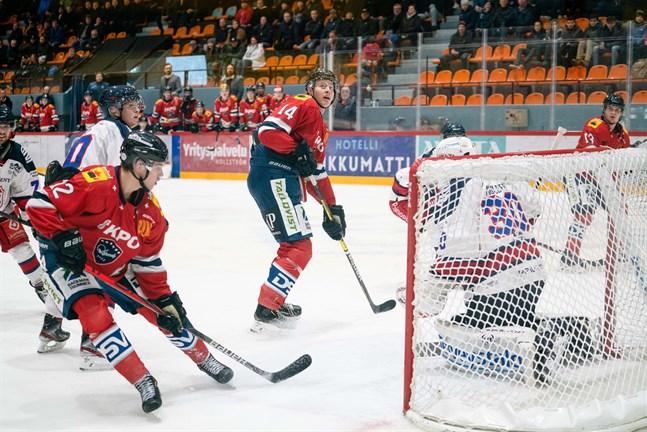 Heikki Harju (12) prickade in Karlebylagets 1–0-mål i Joensuu.