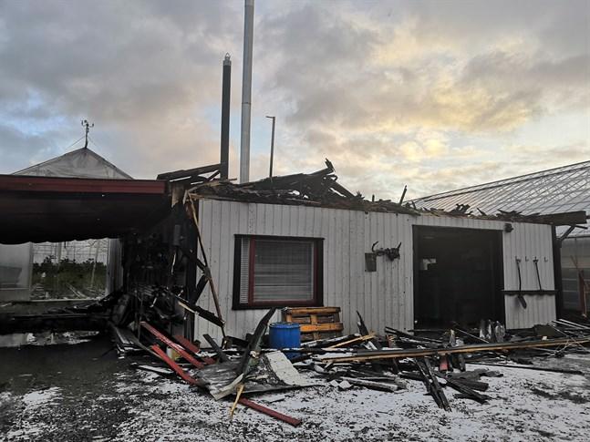 Pannrummet förstördes helt i branden men växthusen klarade sig.