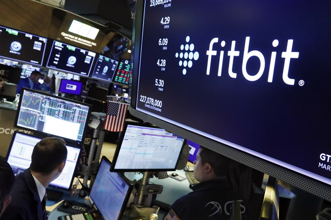 Fitbits aktie har lyft sedan Reuters tidigare i veckan skrev om Googles bud på bolaget.