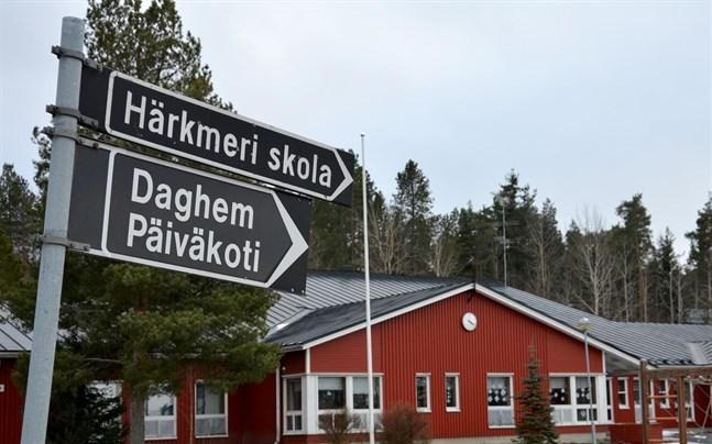 En ny klasslärare har valts till Härkmeri skola.