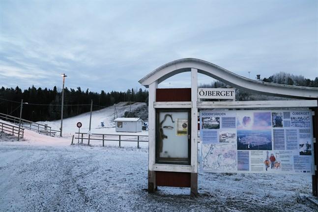 På tisdag intar slalomåkarna Öjbergsbacken.