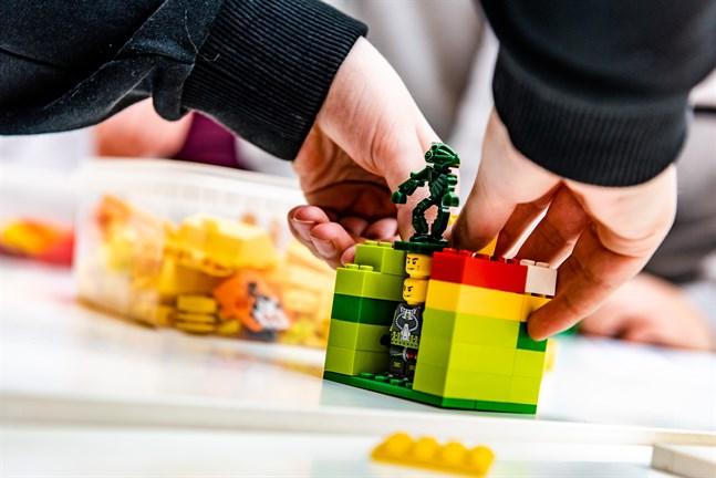 Huskropp i Lego på den workshop i stadsplanering som Jakobstad ordnade vid Campus Allegro.