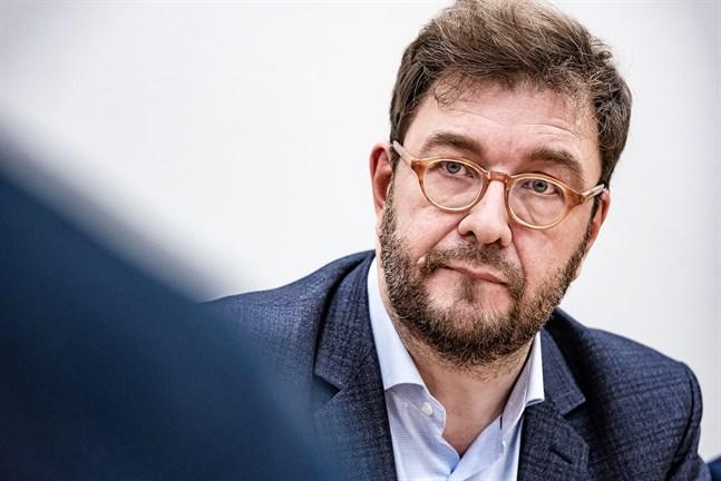 Arbetsminister Timo Harakka litar på att sysselsättningsgraden kan höjas till nordisk nivå också i Finland.