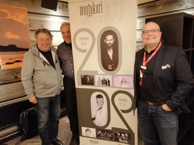 Jarkki Rintala, Timo Tiilikka och Jaki Silvennoinen är nöjda med artistutbudet.