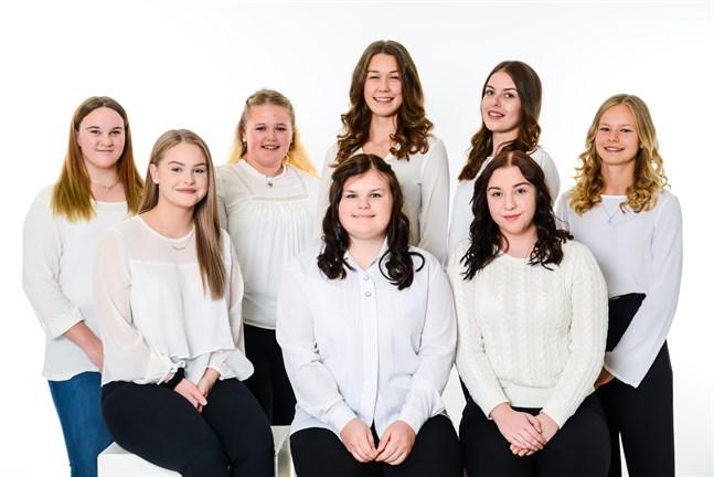 Åtta kandidater vill bli Nykarlebys lucia i år.