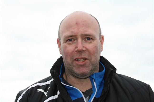 Krafts tränare Bennet Eklund och hans spelare inledde försäsongen ett halvt år innan seriespelet tar vid.