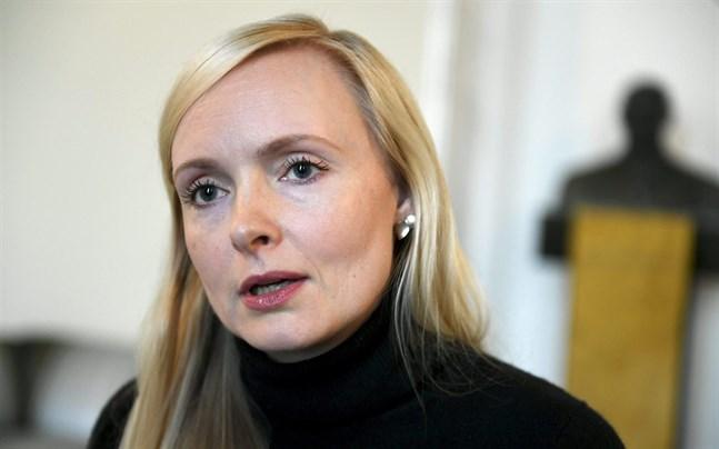Inrikesminister Maria Ohisalo (Gröna) vill förhindra fler felbedömningar i Finlands asylsystem.