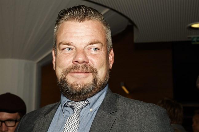 Jari Sillanpää hotas av fängelse på grund av misstankar om sexuellt utnyttjande av barn.
