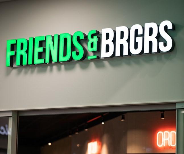 Hamburgarkedjan Friends & Brgrs siktar på att växa.