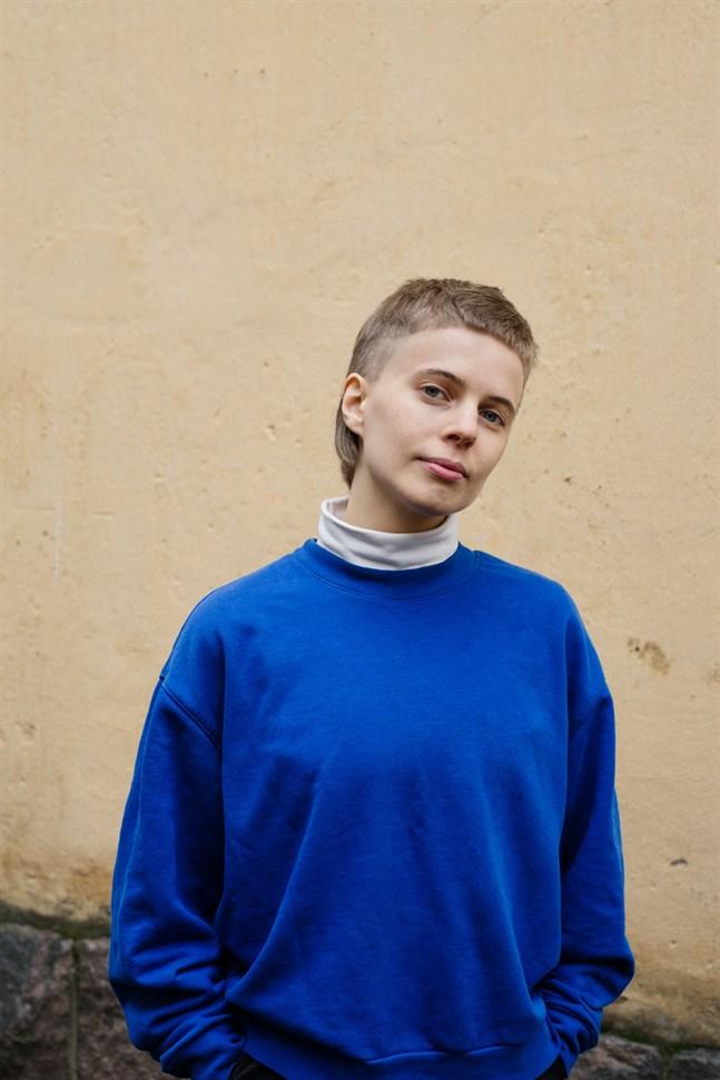 Astras nya chefredaktör är Elliot Lundegård.