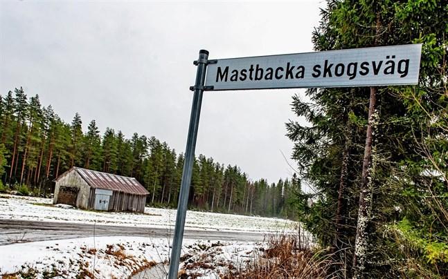 Mastbacka vindkraftsområde fortsätter att engagera både invånare och politiker i Pedersöre.