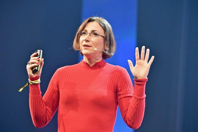 Psykologidoktor Celia Hodent ledde tidigare utvecklingen av Fortnites användarupplevelse. Enligt Hodent måste spelutvecklarna beakta mångfald, tillgänglighet och etik.