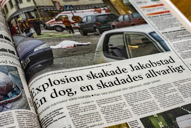 Raportering 23.11.1999 i Jakobstads Tidning om bomben på Storgatan.