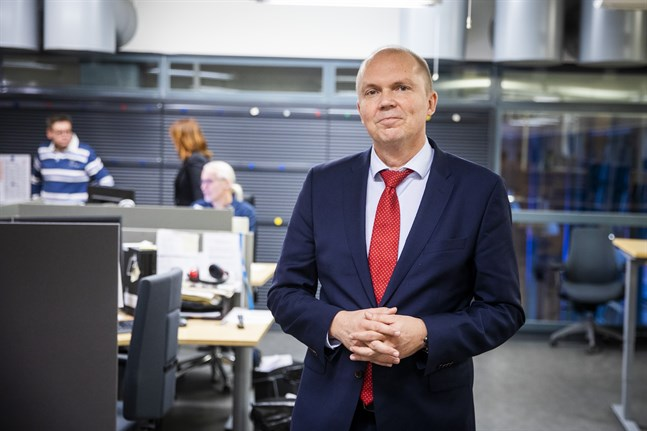Det är 10 år sedan Markku Mantila ledde Pohjalainens redaktion i Vasa, nu är han tillbaka som chefredaktör för Ilkka-Pohjalainen.
