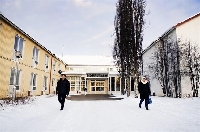 Det här fotot är taget 2013 då rehabiliteringsverksamheten vid Norrvalla lades ner. Nu öppnar den igen.