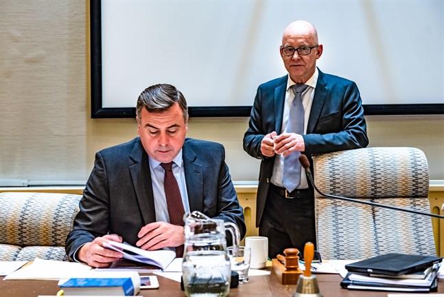 Nu är det arbete med budgeten 2021 som gäller för kommundirektör Stefan Svenfors och ekonomi- och utvecklingsdirektör Jan-Erik Backa.