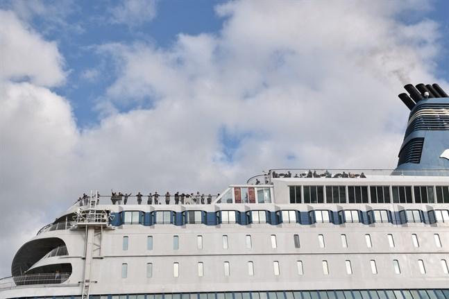 Statsrådet rekommenderar att staten slussar subventioner till passagerarfartygen också i fortsättningen.