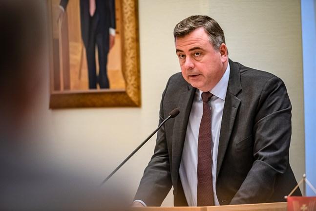 Stefan Svenfors är förvånad och bekymrad för vad Jakobstads nej innebär.