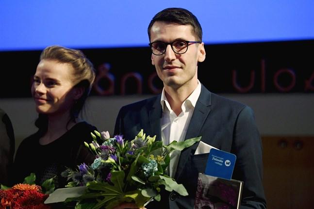 "Pajtim Statovci fick pris för romanen ""Bolla""."