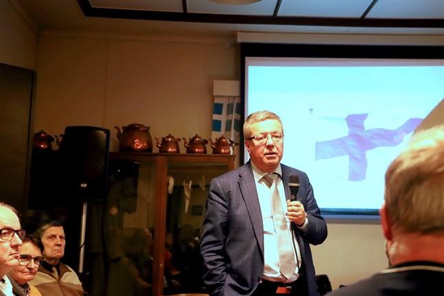 Vinterkriget intresserar Kimmo Rentola. Det är en så viktig del av den finska folksjälen, säger han.
