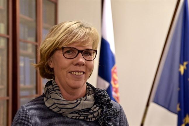 Justitieminister Anna-Maja Henriksson säger att kampen mot korruption måste effektiveras och att ett oberoende rättsväsende är ett måste i medlemsstaterna.