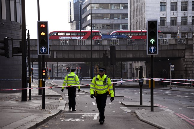 Brittiska frigivningsregler har blivit föremål för debatt efter terrordådet i London under fredagen. Justitiedepartementet ska nu genomföra en översyn. Arkivbild.